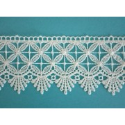 Cream Macrame Lace Border with Geometric Flowers - Size 6 cm