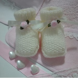 Knitting Baby Boots - Cream