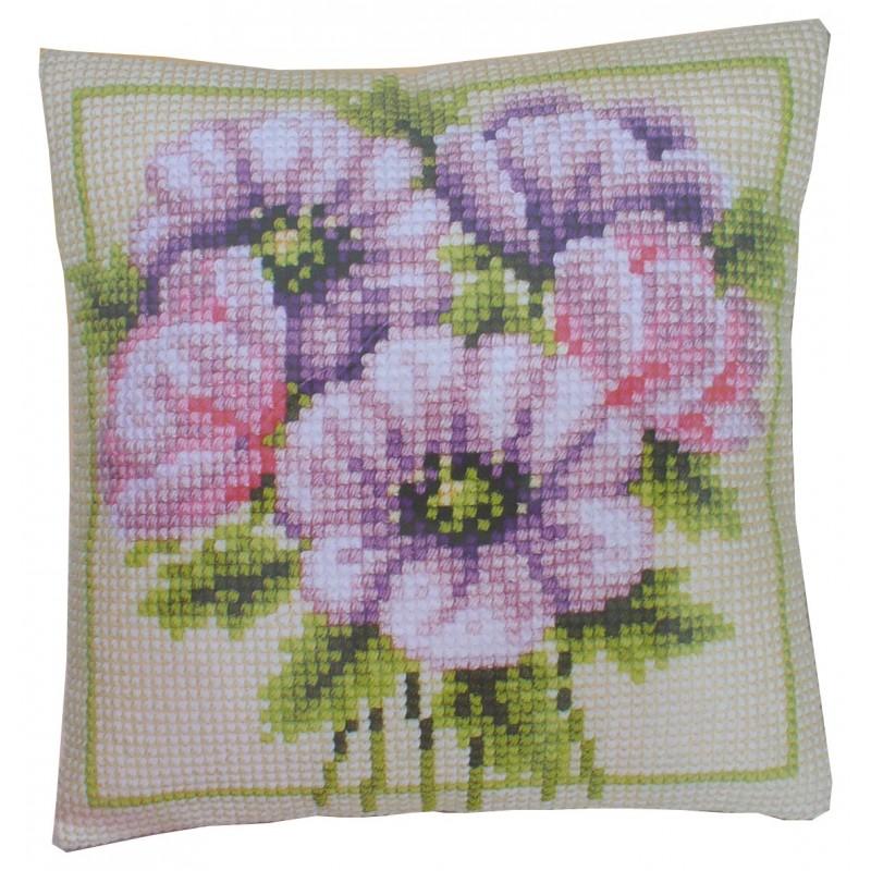 Kit per cuscino ricamato a punto croce Fiore rosa Vervaco