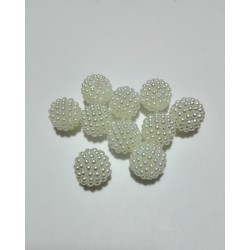 Berry Plastic Pearl - White Color - Size 16 mm
