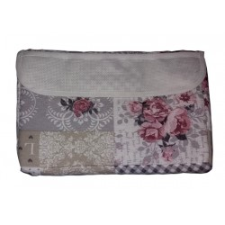 Cosmetic Pouch to Cross Stitch - Roses