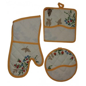 Potholders and Oven Gloves Ready to Stitch - Fancy Berries
