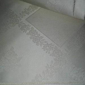 Tovaglietta da Té con Rose - Crema - 100x100 cm