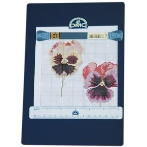 DMC - Magnetic Board to Read Cross Stitch Pattern -  18cm x 26cm